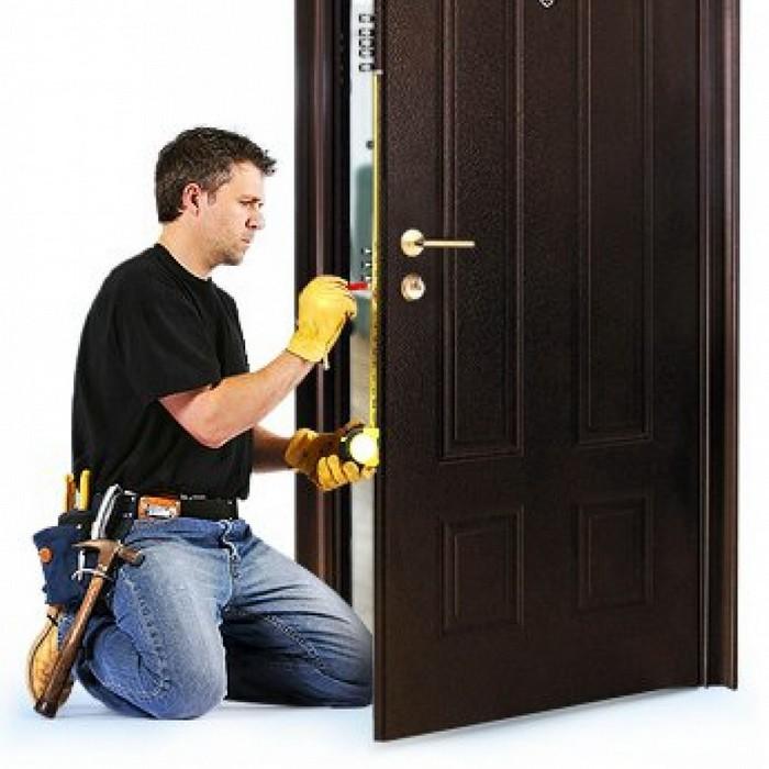 Монтаж металлических входных дверей 40