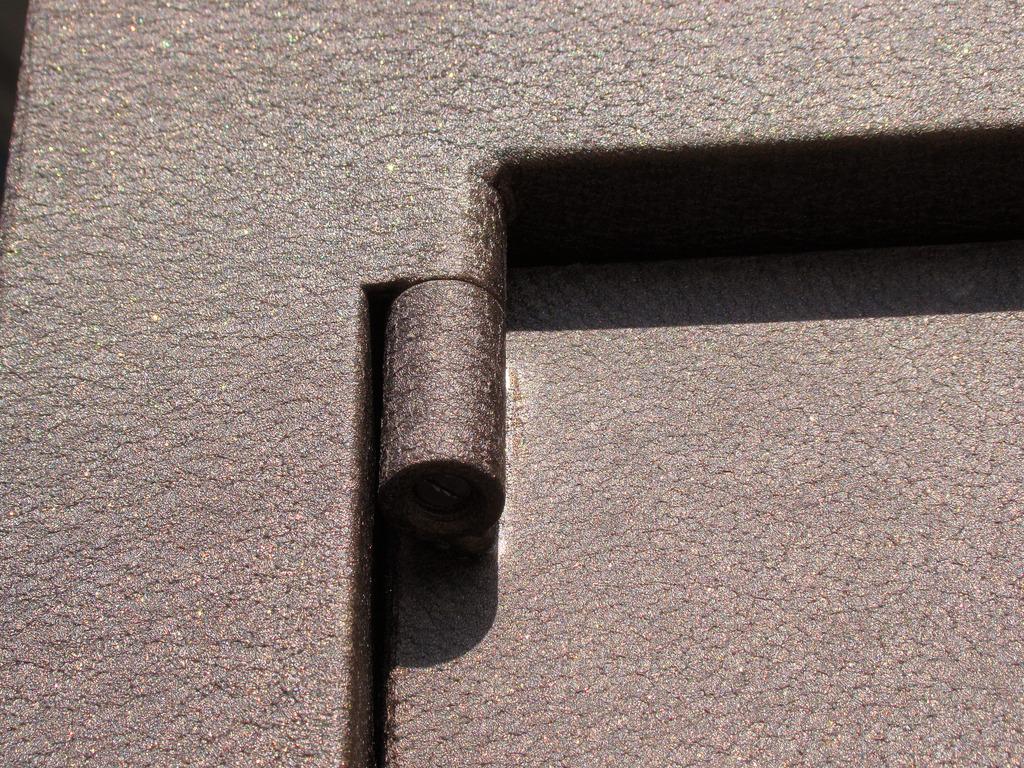 железные двери покрытие пленкой